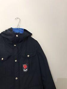 Men's Vintage fjallraven jacket Size Small Unisex Woman's