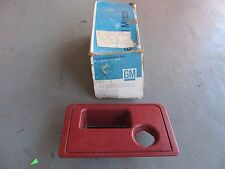 NOS 1978-1979 Chevy Impala Station Wagon Luggage Compartment Handle 20083064 RED