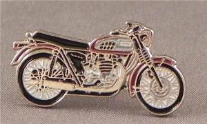 TRIUMPH BONNEVILLE MOTOR BIKE PIN BADGE NEW
