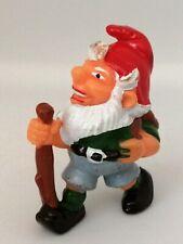 Figurine Ferrero Kinder dwarf - Nain de Jardin Gnome randonneur