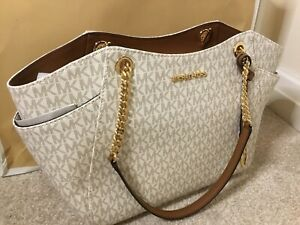 Michael Kors Large Chain Tote Bag Signature Vanilla AUTHENTIC BNWTS & Gift Bag