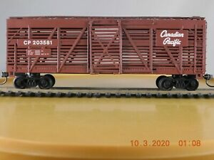 Bachmann Siler Series HO Scale 40' Stock Car Canadian Pacific