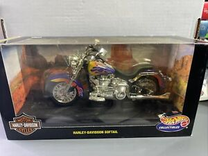 HOT WHEELS HARLEY DAVIDSON SOFTAIL MOTORCYCLE 1:10 DIECAST 21360 NIB