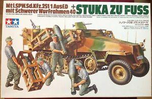 """Tamiya 35151 1:35 Sd. Kfz. 251/1 Ausf. D, """"Stuka zu Fuss"""" mit figuren"""