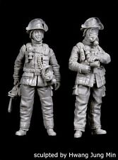 Black Dog 1/35 Firemen Set No.1 Firefighters in Apparel & Gear (2 Figs.) F35151