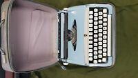 Brother Deluxe Reiseschreibmaschine Kofferschreibmaschine typewriter schreibmasc