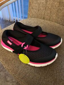 WOMENS EASY SPIRIT e360 MARY JANES WITH MEMORY FOAM & GEL-NAVY/PINK- 8.5-NEW