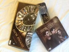 THE TWILIGHT NEW MOON BOARD GAME ~IN ORIGINAL BOX~NEVER USED~CHEAP!