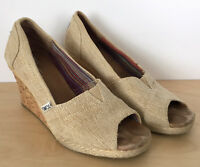 TOMS Womens Beige Fabric Cork Wedge Peep Toe Sandals Heels Size 7.5
