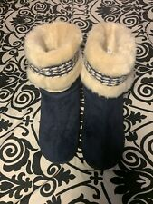 Isotoner Slippers Boats Color Navy/beige Size8.5-9 Pre-own