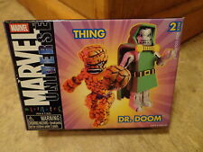 2003 DIAMOND SELECT--MINIMATES MARVEL UNIVERSE--THING & DR DOOM FIGURES (NEW)