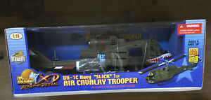 Ultimate Soldier 10114 UH-1C Huey Slick 1st Air Cav Easy Rider Shark Mouth 1/18