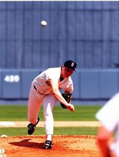 """Roger Clemens """"Boston Red Sox"""" Licensed Unsigned MLB 8x10 Glossy Photo A2"""