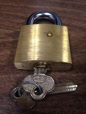 Brass Unpinned Padlock Obitted Key