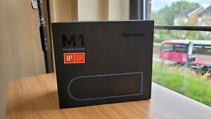 ViewSonic m1 Tragbar LED Projektor für Heim & Familie Unterhaltung mit Harman