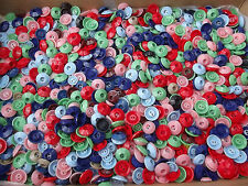 1 LB 500 VINTAGE COLORFUL PLASTIC INKWELL SEWING BUTTONS CRAFTS OLD STORE STOCK