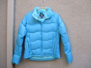 Mountain Hardware Aqua Light Blue Ski, Warm Coat Women Size Medium.