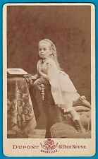 cdv lovely cute little young girl kneeling looking at photo album foto ca 1880