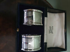 More details for boxed pair of edwardian silver napkin rings, hallmarked birmingham 1916