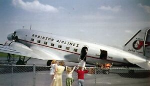 AMERICAN / MOHAWK / ROBINSON  AIRLINES  DC-3  AIRPORT / AIRCRAFT  / AIRPLANE