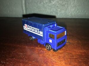 "1:87 1981 MATCHBOX VOLVO BOX TRUCK ""COMMA PERFORMANCE MOTOR OILS"" MADE IN CHINA"