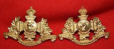 HASTINGS & PRINCE EDWARD Regt Canada Collar Badges M.33.