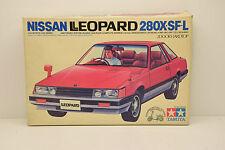 NISSAN LEOPARD 280 X.SF-L MOTORISÉE TAMIYA 1/24 NEUF BOITE + SCOOTER HONDA TACT