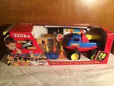 2001 Tonka Action Garage Playmat Set  20 PCS. NIP