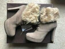 NIB GUCCI Gray Suede Lamb Fur Trim Lace Up Platform Ankle Boot Size 7.5(U.S.)