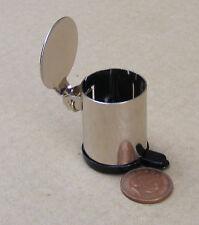 1:12 lavoro in acciaio INOX a PEDALE Bin Casa delle Bambole Accessorio da cucina in miniatura