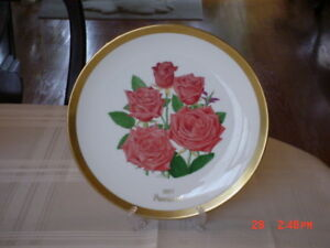 GORHAM ALL-AMERICA ROSE COLLECTION DINNER PLATE 1977  PROMINENT