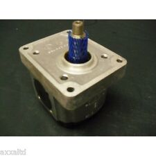 Pompe à engrenages PARKER 77614
