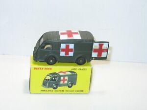Dinky Toys Ambulance Renault Carrier Military Ref. 80F