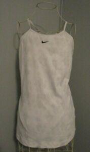 Nike Fit Dry Ivory w/Gray Geometric Athletic Cami w/Built-In Shelf Bra - Size M