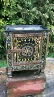 A Beautiful Vintage Antique Wooden Decorative Small Table Top Cupboard *