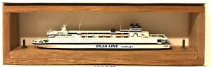 CARAT C-36 FINLAND FERRY FINNJET 1/1250 MODEL SHIP W/ WOOD SUPPORT