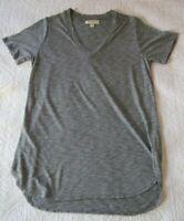 Anthropologie Cloth & Stone Womens Shirt Size S Gray V Neck Tee