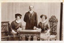 Mr & Mrs Abbott & Miss Williams John Grooms Crippleage London Postcard (SH260S)