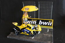 QSP Diorama 1:12 Starting grid with wall and 2 high fences (bwin)