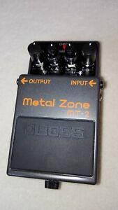 Boss MT-2 Metal Zone Distortion Guitar Pedal - neuwertig
