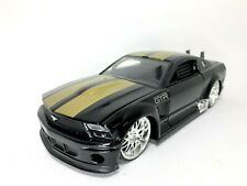 Jada Ford Mustang GTR Concept  1/24 scale Diecast Car in Black /  Gold 2006