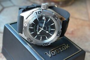 Russian Mechanical Automatic Wrist Watch VOSTOK AMPHIBIAN DIVER 670923