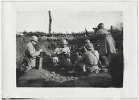 1. Weltkrieg: Maschinengewehrnest auf einer Hügelkuppe. Orig-Pressephoto um 1916