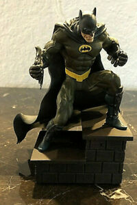 DC Direct Batman Limited Edition Mini-Statue