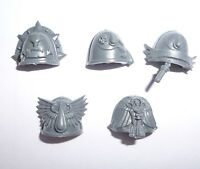 Blood Angels Sanguinary Guard Shoulder Pads C – G529