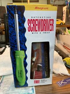 Snap On Ratcheting Screwdriver and insulated mug set