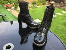 Dr. Martens Darcie schwarz Blumen Lack Leder Stiefel UK 6 EU 39