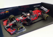 Minichamps 1/18 Scale 110 199933 - F1 Aston Martin Red Bull Racing RB15
