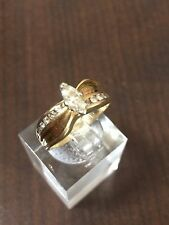 Stunning 14K Yellow Gold .25 Marquis Center Stone Round Accent Diamonds G46