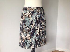 "Ann Tylor Ladies Blue Print Pencil Skirt 32""Waist  UK 12"